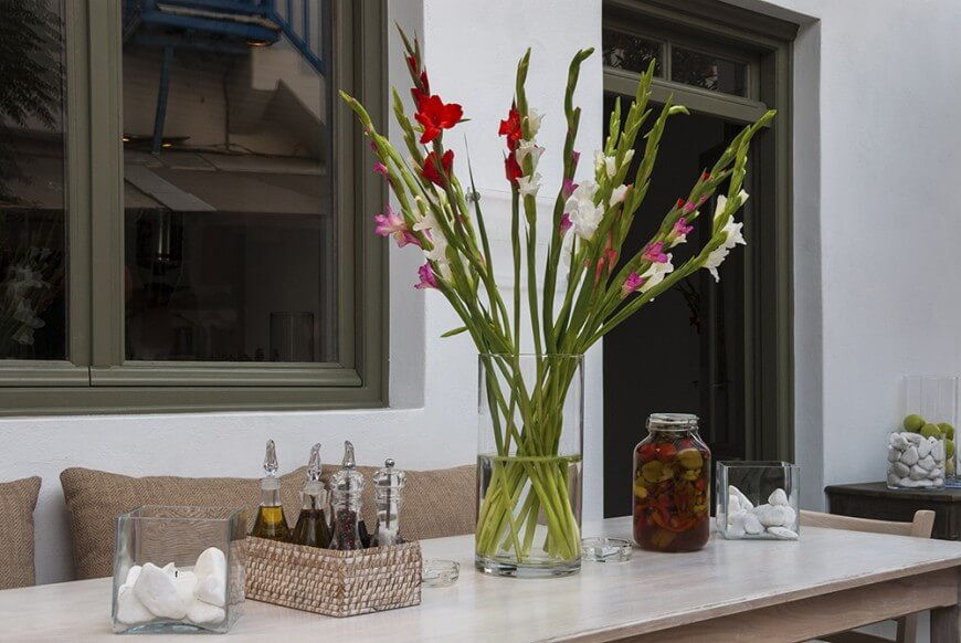 33 extravagant floral arrangements for your dining table with centerpieces flowers plans 3 شیکترین تزیین میز نهارخوری + مدل های 2018