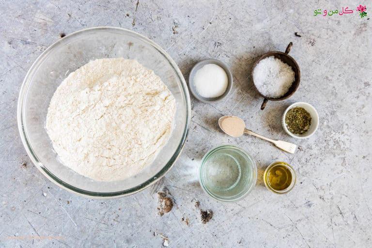 مواد لازم برای خمیر پیتزای ایتالیایی