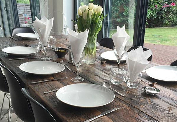 modern dining table restaurant look شیکترین تزیین میز نهارخوری + مدل های 2018