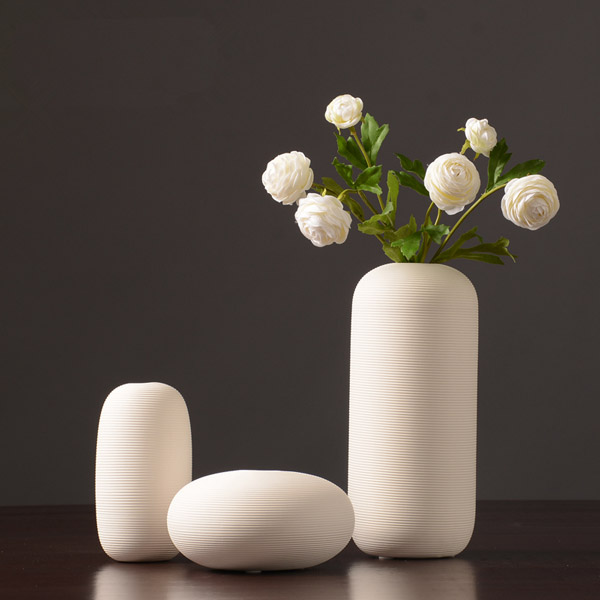 2018 New Chinese Jingdezhen Porcelain Creativity Simple And Modern Style White Vases Ceramic Vases for Wedding گلدان های خاص مخصوص دکوراسیون خاص