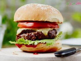 همبرگر خانگی با سویا و گوشت