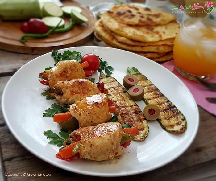 طرز تهیه رول فیله مرغ با سبزیجات