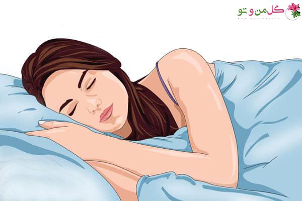 از بین بردن پف چشم با خوابیدن