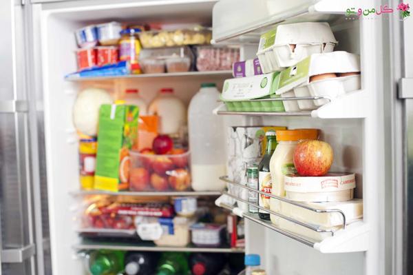 11 عادت تمیز کردن که باید تغییر دهید - نگه داشتن غذای مانده در یخچال