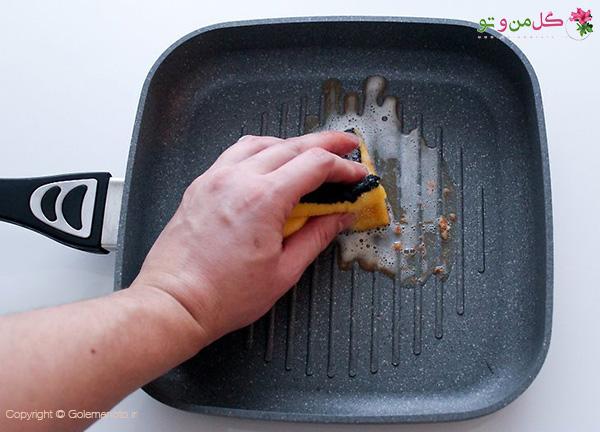 شستن ماهیتابه نچسب