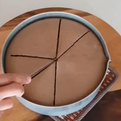 برش زدن کیک شیفون
