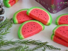 طرز تهیه کوکی هندوانه برای شب یلدا