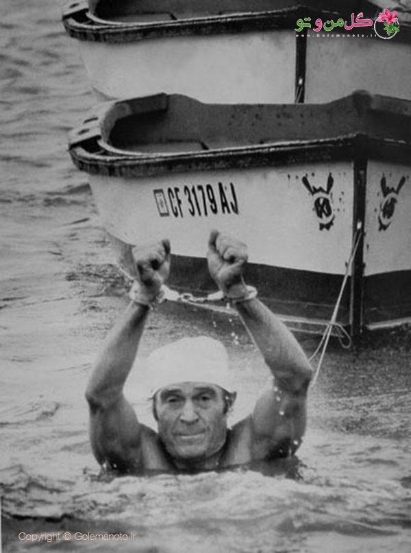 جک لالین و شنا کردن با دست بسته