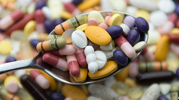 10 توصیه دارویی برای مسافرت های طولانی