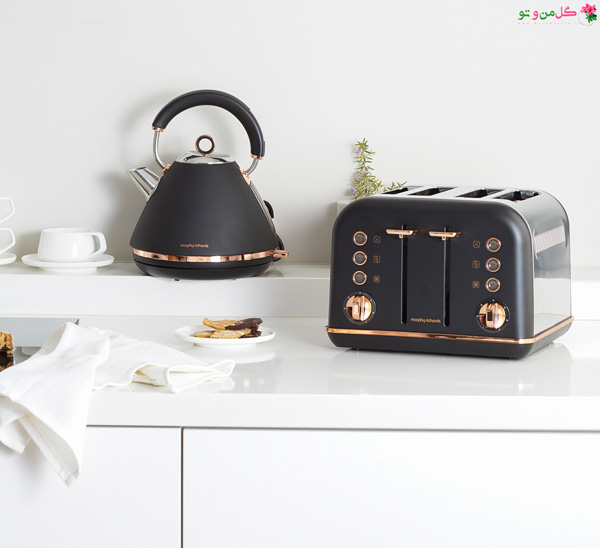 colourful kettles and toasters black and rose gold kitchen appliances from morphy richards چه وسایلی باید روی پیشخوان آشپزخانه قرار داده شود؟