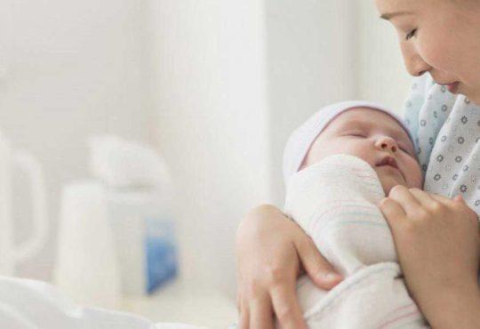 از شیر گرفتن کودک و نکته های قطع شیردهی