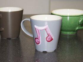 1 7 آموزش تزئین فنجان قهوه سرامیکی
