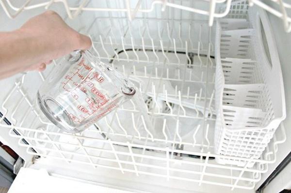 17 2 نحوه پاک کردن داخل ماشین ظرفشویی