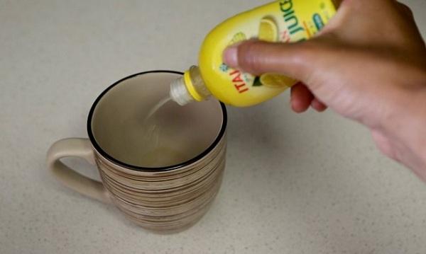 7 3 چگونه لکه قهوه را از ماگ پاک کنیم؟