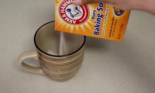 9 3 چگونه لکه قهوه را از ماگ پاک کنیم؟