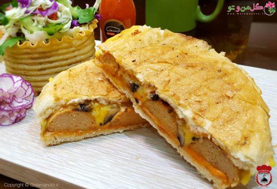 طرز تهیه ساندویچ پنینی سوسیس بدون دستگاه