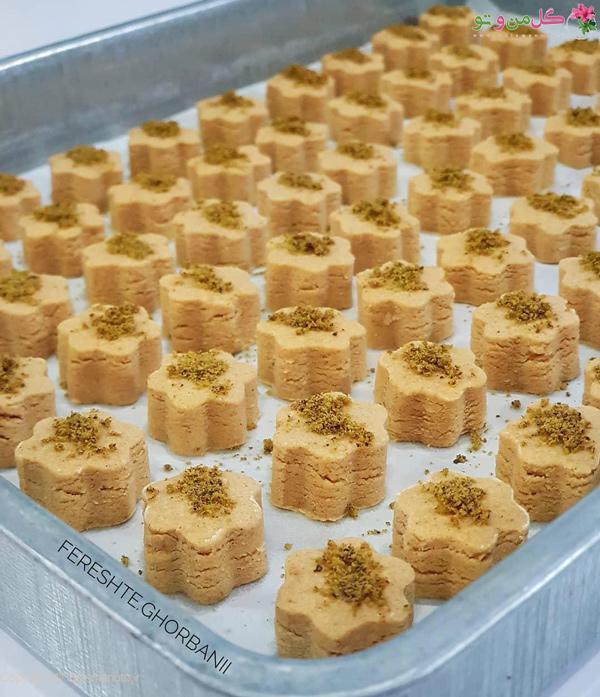 طرز تهیه شیرینی نخودچی خانگی - چیدن در سینی