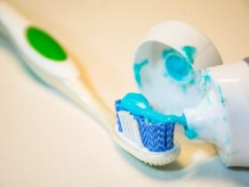 1 5 چند روش شگفت انگیز برای استفاده از خمیر دندان