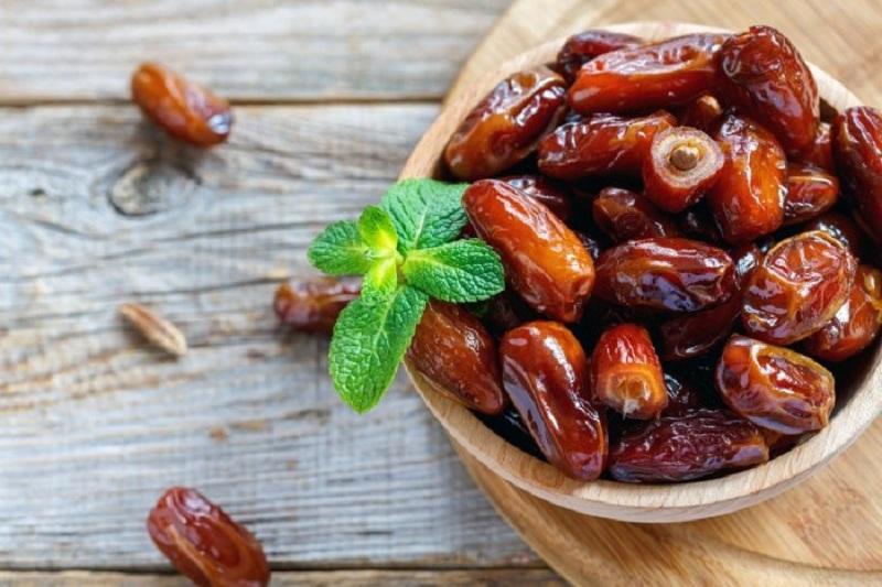 7 5 فواید و خواص خرما در ماه رمضان