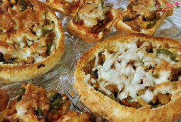 طرز تهیه پیتزا با نان همبرگر و تست