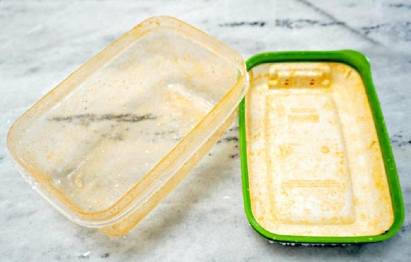 13 11 تمیز کردن لکه رب گوجه فرنگی از ظروف پلاستیکی