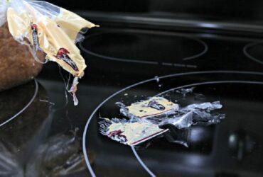 تمیز کردن پلاستیک ذوب شده از روی اجاق گاز