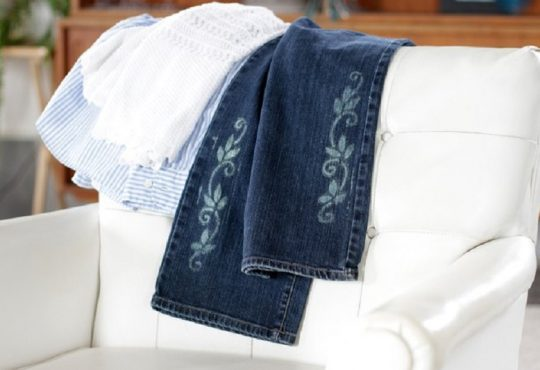 نحوه طراحی روی شلوار جین با استفاده از سفید کننده و شابلون