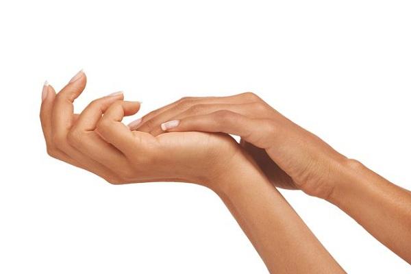 درمان سلولیت و لکه های پیری