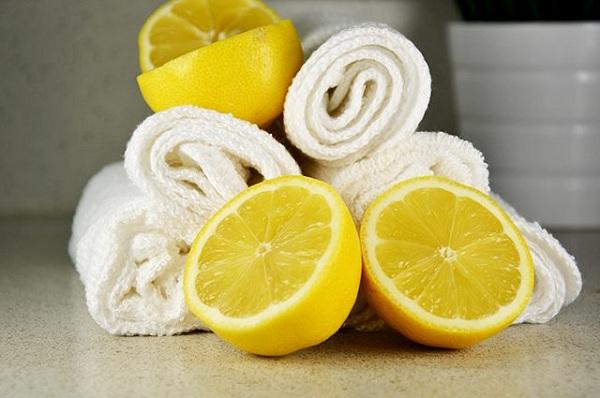 پارچه های پاک کننده با عطر لیمو ترش