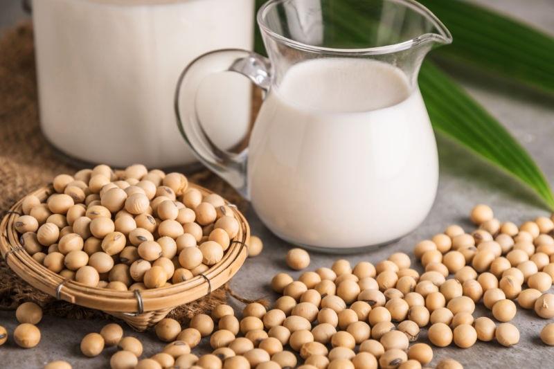 خواص شیر سویا برای سلامتی: