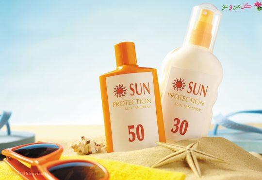 کرم ضد آفتاب رنگی یا بدون رنگ بخریم؟