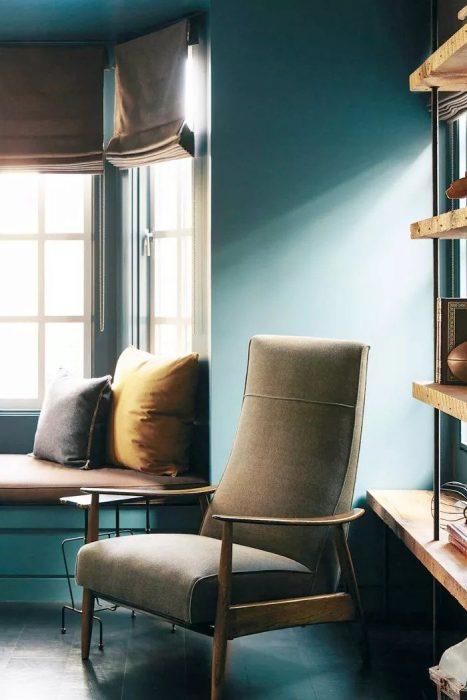 رنگ آبی برای اتاق نشیمن