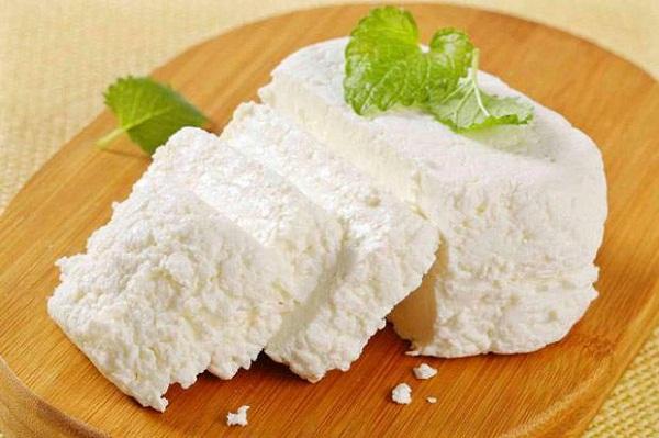 خواص پنیر برای بدن: