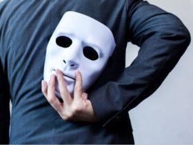ezgif.com webp to jpg 5 نحوه بروز عصبانیت در شخصیت پرخاشگر منفعل