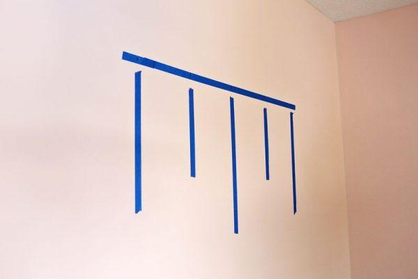 کشیدن طرح روی دیوار