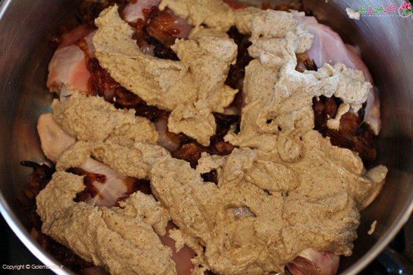 مخلوط کرن خمیر گردو با مرغ