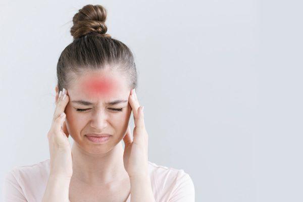 تاثیر خوابیدن با موهای خیس - سردرد