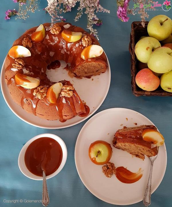 بانت کیک موز و سیب با سس کارامل