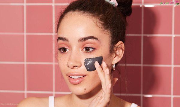 استفاده از ماسک برای زیرسازی پوست
