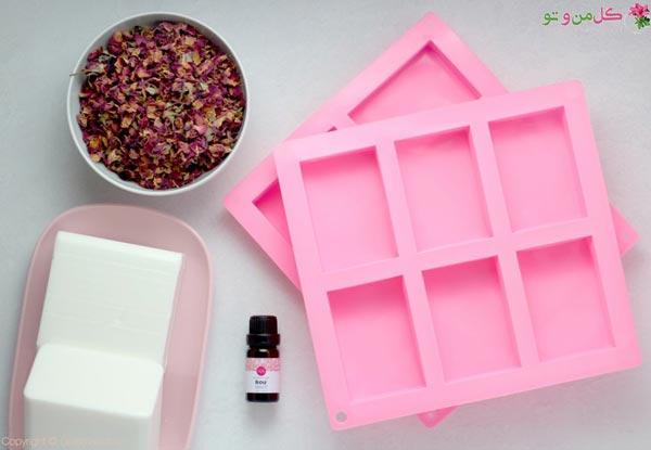 مواد لازم برای ساخت صابون گلیسیرین در خانه