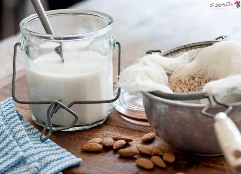 طرز تهیه شیر بادام در خانه