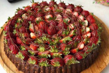 طرز تهیه کیک پیرامید در خانه