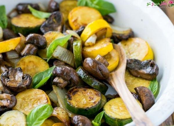 کدو سبز و قارچ غذای رژیمی برای شام؛ دستور 9 از بهترین غذاهای رژیمی برای شام