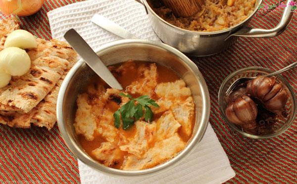 آبگوشت سنتی ترین غذای ایرانی