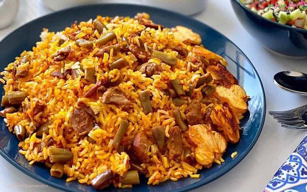 لوبیا پلو غذای ساده و خوشمزه