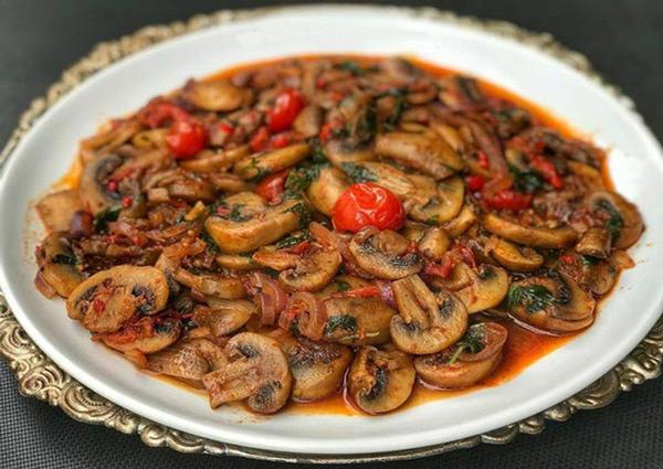 خوراک قارچ سبزیجات